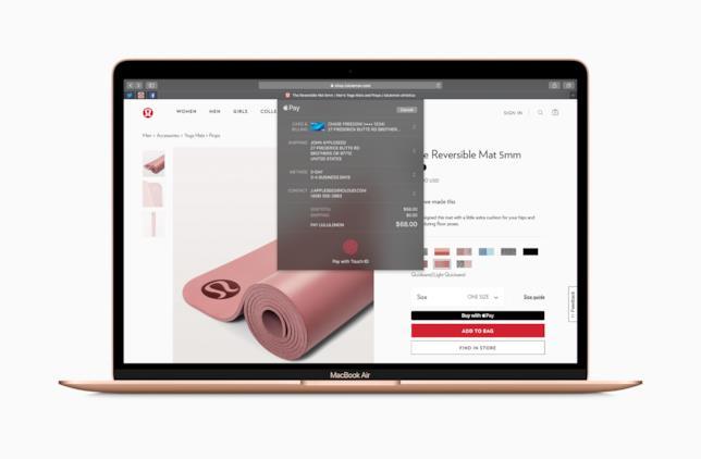 """Immagine stampa che mostra il funzionamento di Apple Pay e del Touch ID sul nuovo MacBook Air 13"""""""