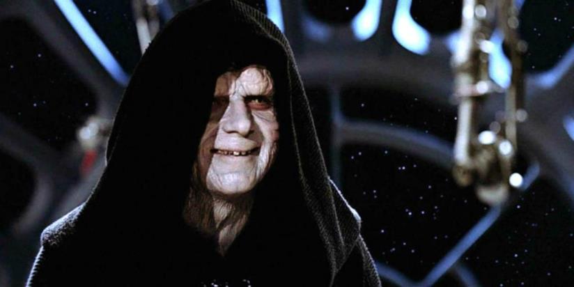L'Imperatore Palpatine di Star Wars mentre ride in una scena del film