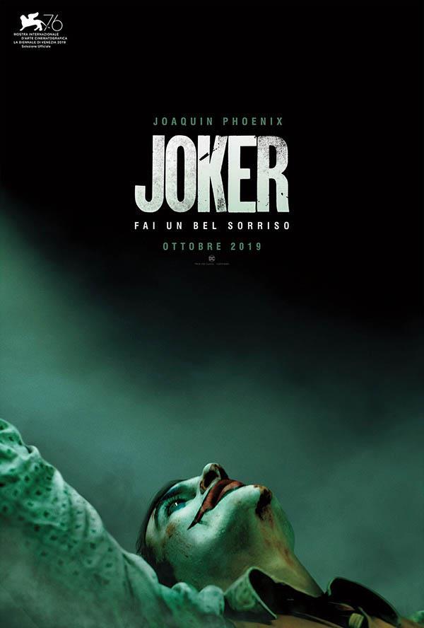 Joaquin Phoenix nel poster italiano di Joker