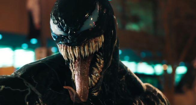 Il simbionte in una scena tratta da Venom
