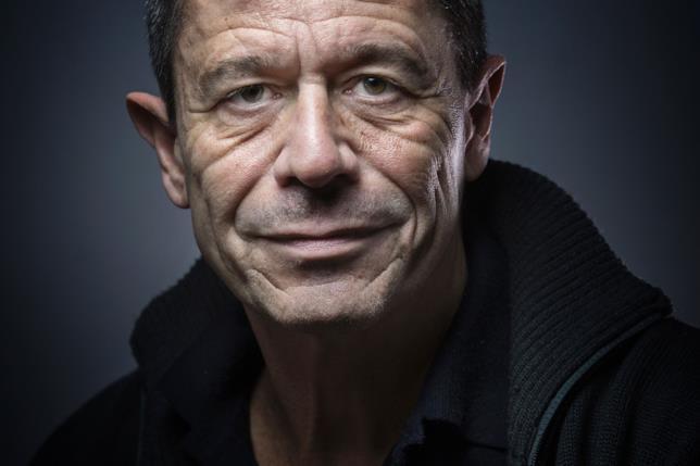 Lo scrittore francese Emmanuel Carrère