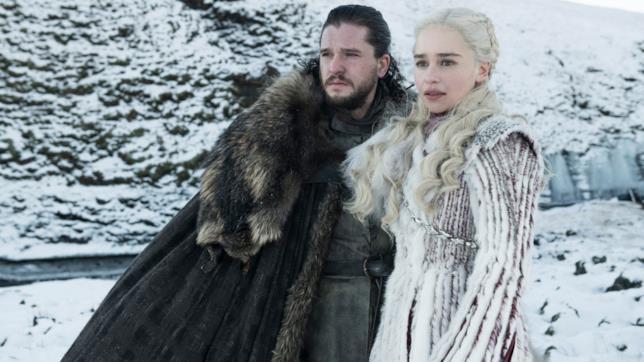 Jon Snow e Daenerys Targaryen in una scena di Game of Thrones