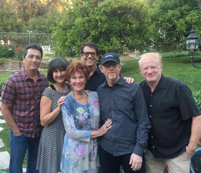 I colleghi di Happy Days danno l'ultimo saluto a Erin Moran