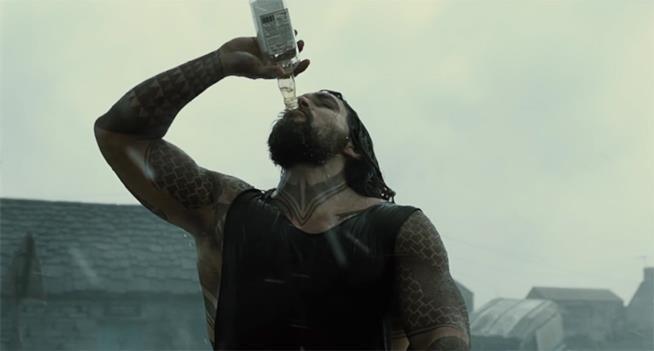 Aquaman interpretato da Jason Momoa in Justice League