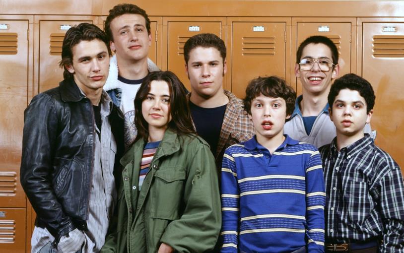 Seth Rogen ha esordito prima in TV con Freaks and Geeks e successivamente al cinema con Donnie Darko
