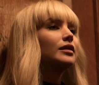 Un'immagine da Red Sparrow, thriller con Jennifer Lawrence