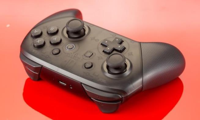 Il Pro Controller di Nintendo Switch nel dettaglio