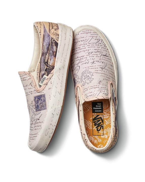 Sneakers di Vans con elementi dello stile di scrittura e la firma di Vincent Van Gogh