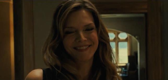 Un primo piano di Michelle Pfeiffer in Madre!