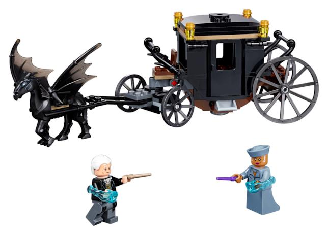 Dettagli sul nuovo set LEGO, Fuga da Grindelwald, dedicato al film Animali Fantastici 2: I Crimini di  Grindelwald