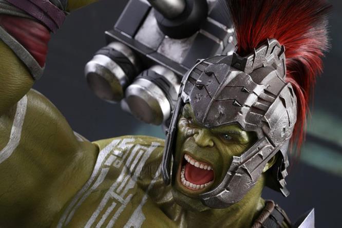 Gli splendidi dettagli della nuova scale figure Hot Toys dedicata ad Hulk gladiatore