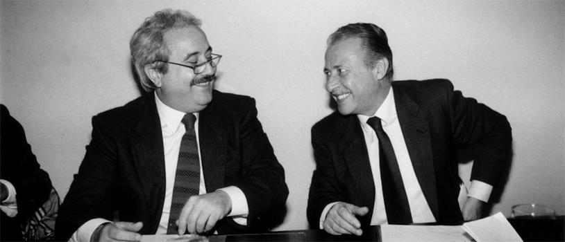 Il sorriso dei magistrati che hanno dichiarato guerra alla mafia