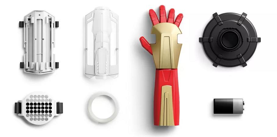 Seconda parte del kit con il guanto di Iron Man.