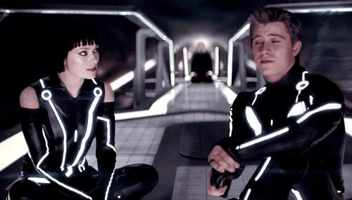 Olivia Wilde e Garrett Hedlund nel mondo di Tron: Legacy