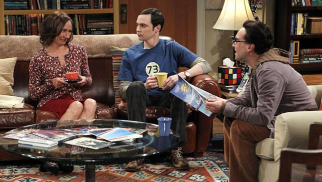 Laurie Metcalf in una scena di The Big Bang Theory
