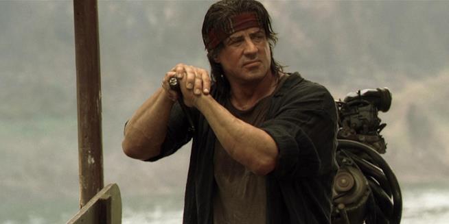 L'attore Sylvester Stallone in una scena del film John Rambo