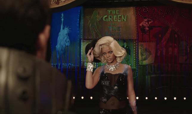 Una scena di Rihanna in Valerian e la Città dei Mille Pianeti