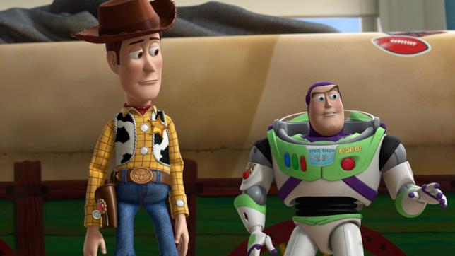 Woody e Buzz in una sequenza di Toy Story
