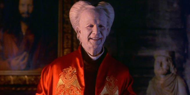 Gary Oldman in una scena del film Dracula di Bram Stoker