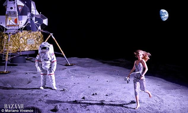 Gigi Hadid astronauta nello shooting di Harper's Bazaar