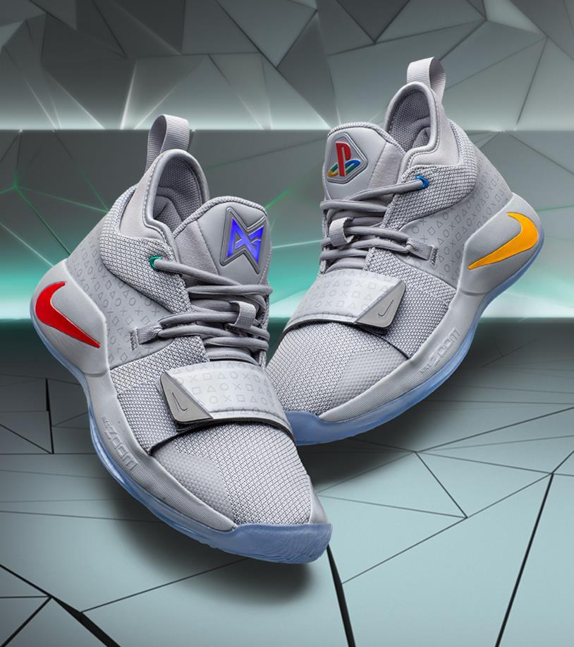 Le nuove scarpe dedicate alla prima PlayStation