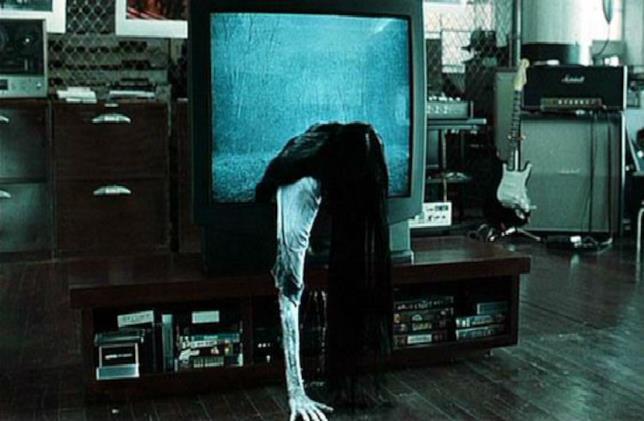 Samara esce dalla TV