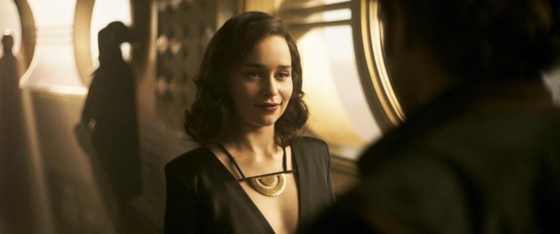 Un'immagine di Emilia Clarke nel film Solo: A Star Wars Story