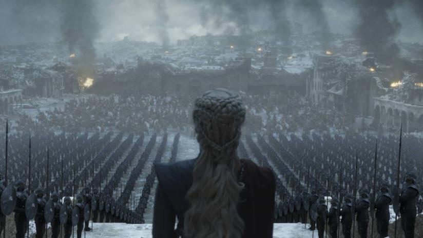 Emilia Clarke è Daenerys Targaryen in Game of Thrones 8x06