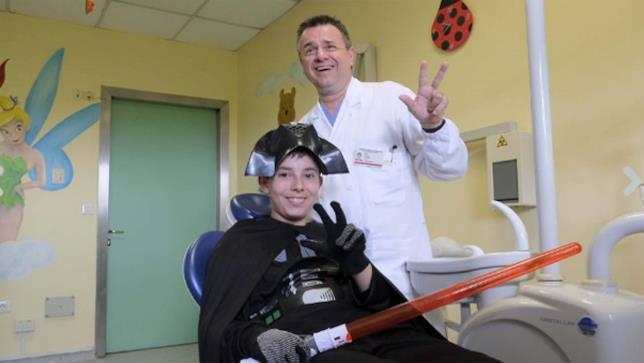 Il dottor Gallo e il suo paziente Thomas