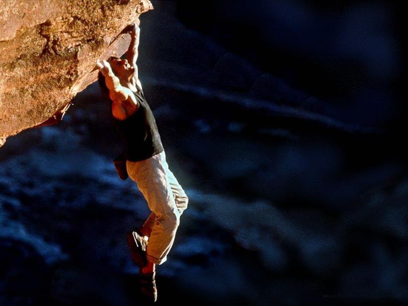 Tom Cruise nell'arrampicata in verticale di Mission: Impossible 2
