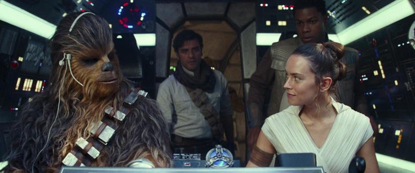 Daisy Ridley, John Boyega e Oscar Isaac in Star Wars: L'ascesa di Skywalker
