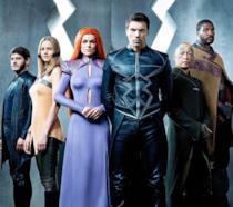 Un primo piano del cast della serie Marvel's Inhumans