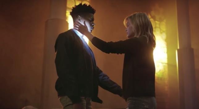 I poteri di Cloak e Dagger in un'immagine dalla serie TV