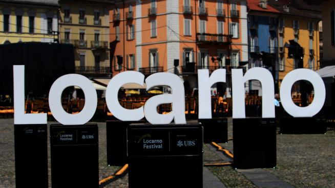 Un'istallazione in Piazza Grande a Locarno 70