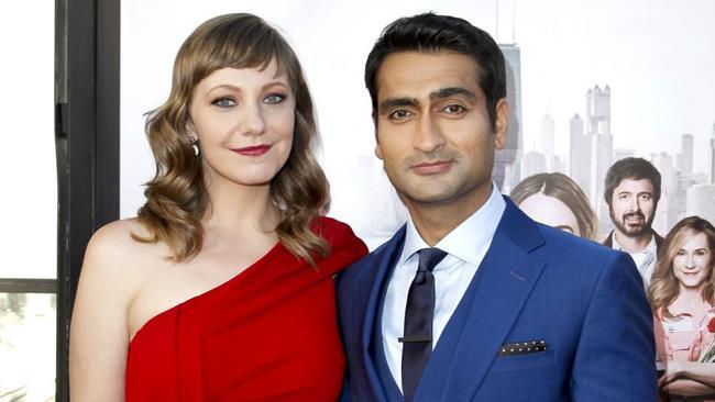 Gli attori e sceneggiatori Emily V. Gordon e KumailNanjiani.
