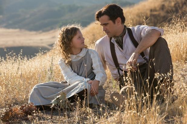 Pamela L. Travers e il padre interpretato da Colin Farrell nel film Saving Mr. Banks (2013)