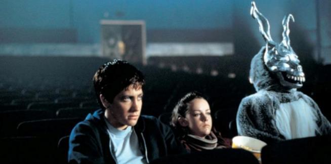 Donnie Darko, Gretchen e Frank guardano un fil,