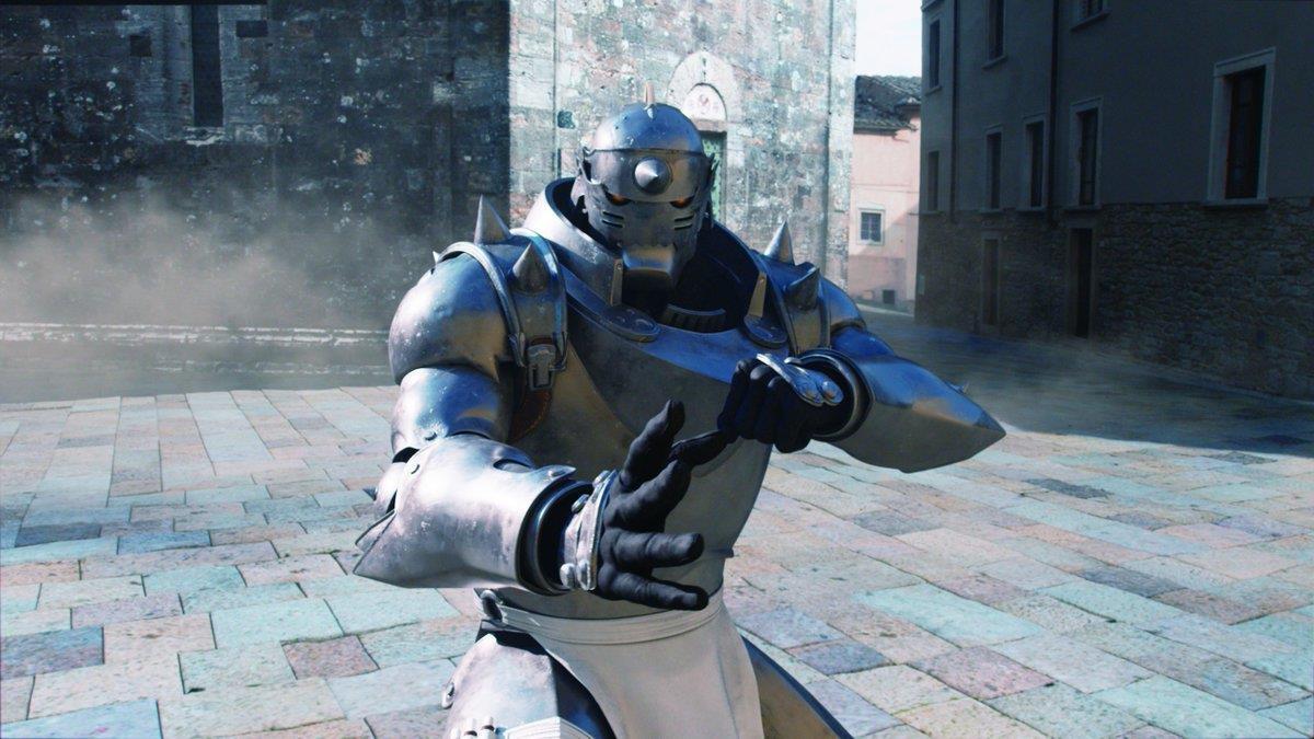 Al pronto a combattere sullo sfondo di Volterra