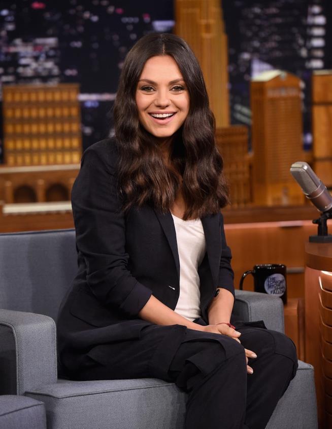 Mila Kunis al The Tonight Show di Jimmy Fallon