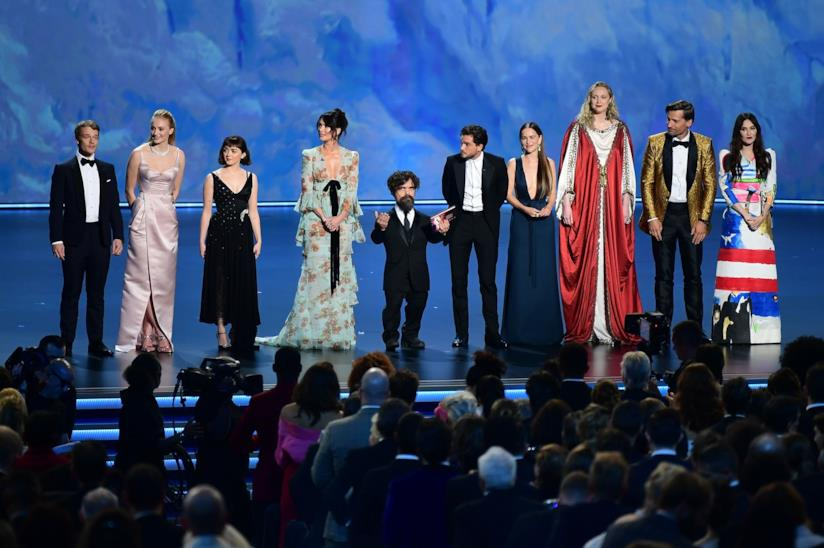 Il cast di Game of Thrones invitato sul palco per celebrare la serie TV agli Emmy 2019