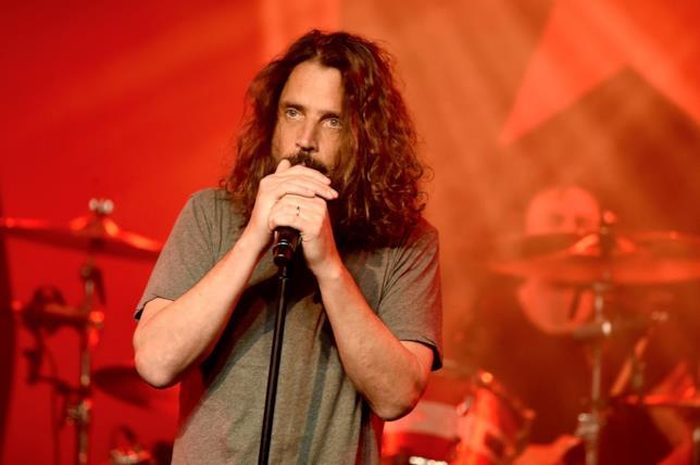 Chris Cornell durante uno dei suoi ultimi live