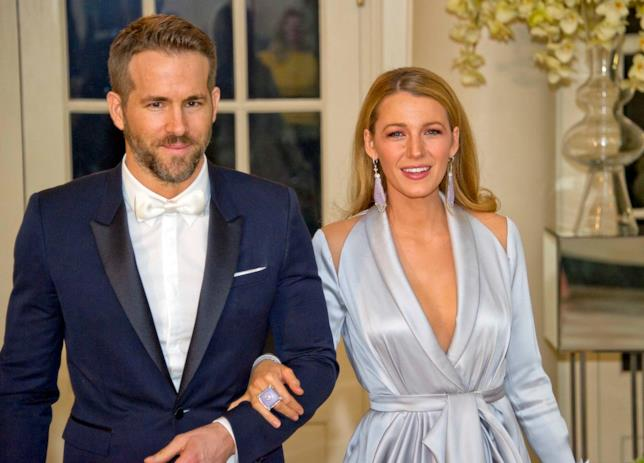 Primo piano di Ryan Reynolds e Blake Lively alla Casa Bianca
