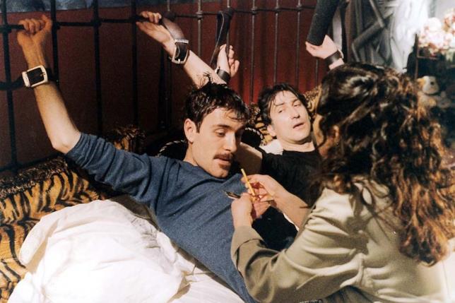 Giallini e Mastandrea in una scena del film