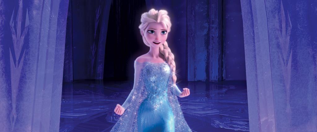 Elsa nel suo abito azzurro, nato dal ghiaccio