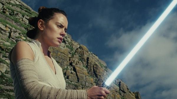 Un'immagine di Rey da Star Wars: Gli Ultimi Jedi