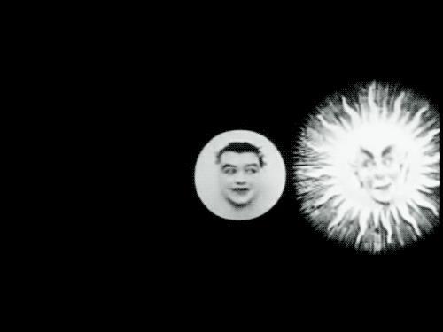 Una gif su L'eclipse du soleil en pleine lune di Méliès