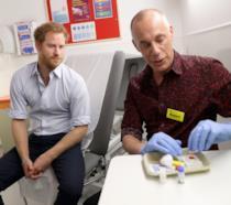Harry durante il test HIV in diretta streaming