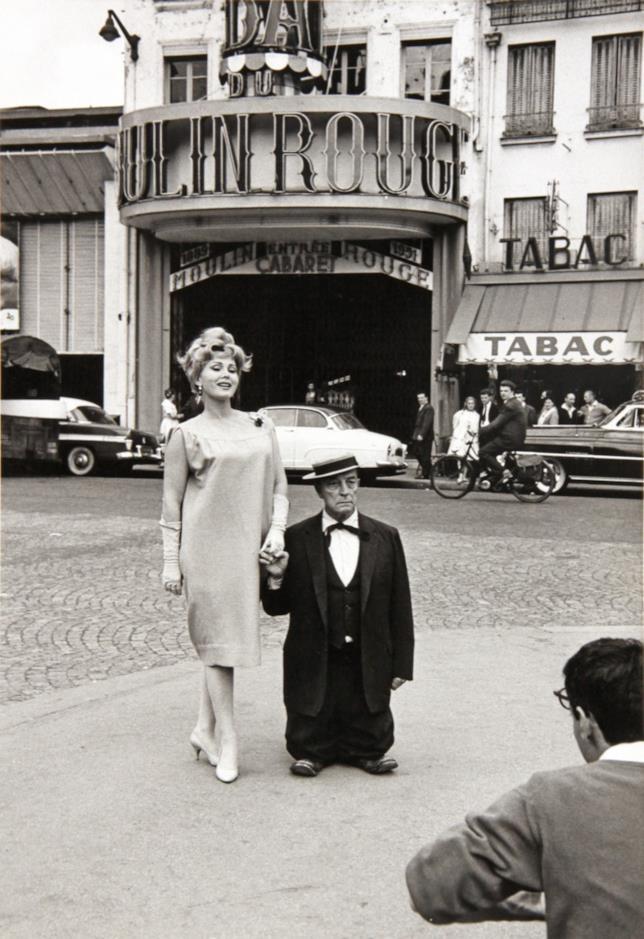 Tza Tza Gabor e Buster Keaton sul set di Moulin Rouge
