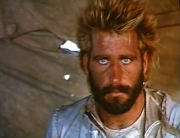 Christopher Mayer nel film Survivor