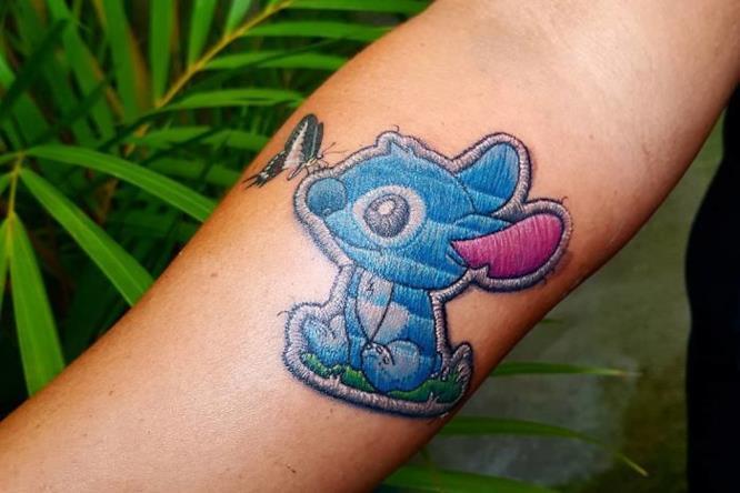 Stitch + farfalla